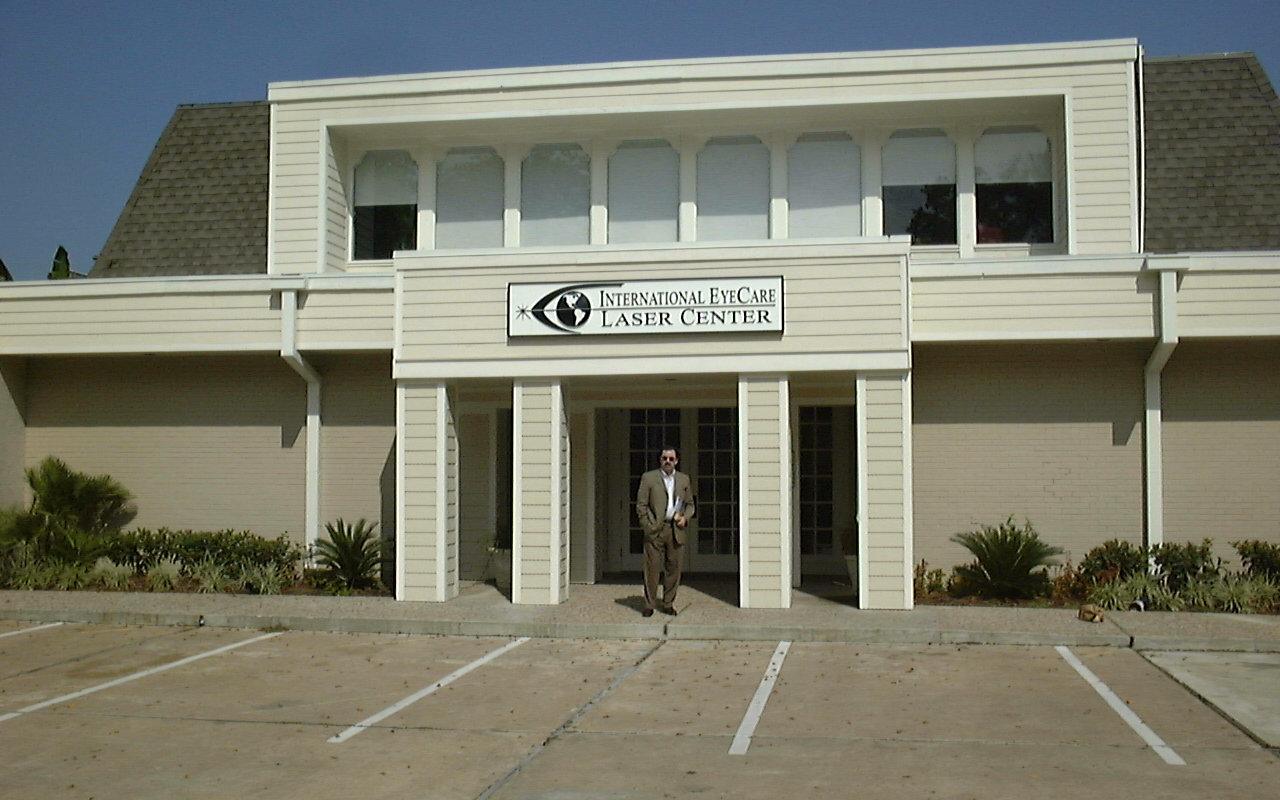 David-Gartry-At-Laser-Eye-Surgery-Clinic